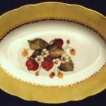 piatto ovale porcellana con ciuffetto di  fragole